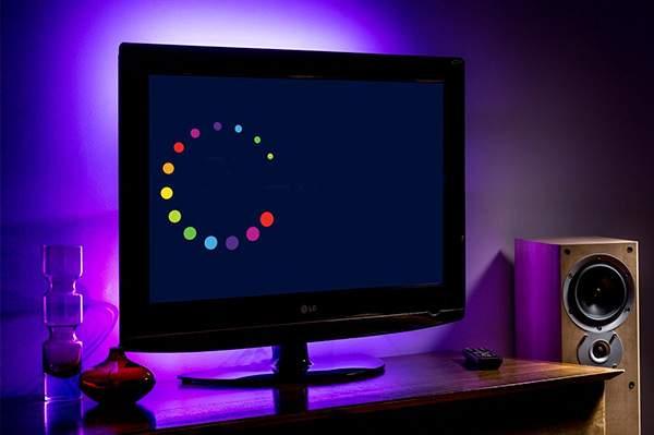 tiras de luz inteligentes Luz-LED-Inteligentes-tras-la-tele