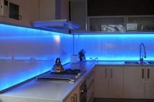 tiras de luz inteligentes en Muebles de Cocina