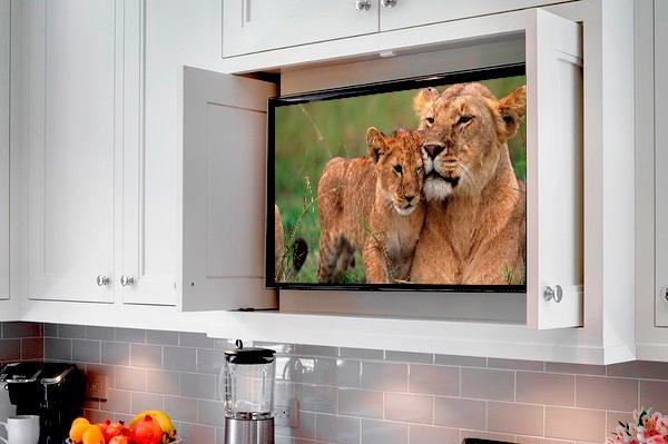 Los mejores televisores pequeños para la cocina y el baño